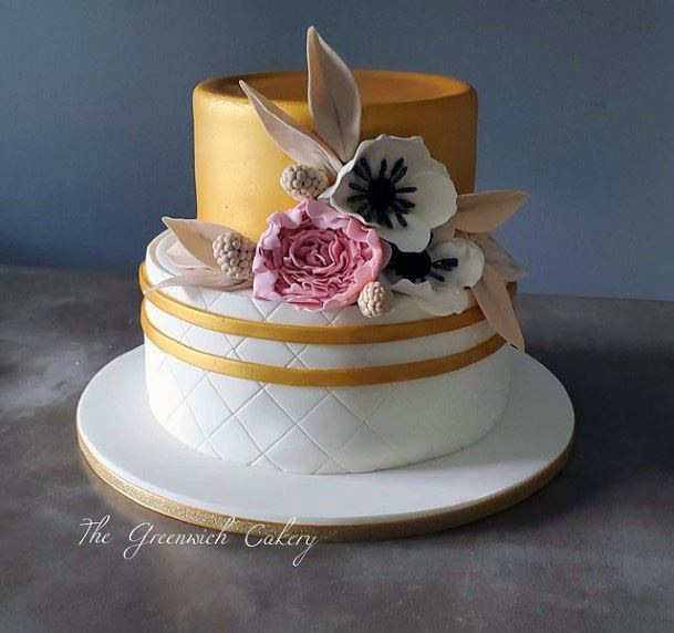 Lovely Gold Wedding Cake