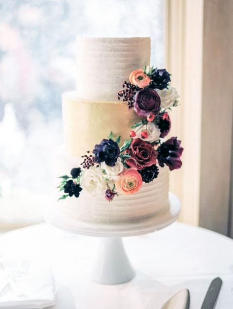 Lovely November Wedding Flowers On Cake