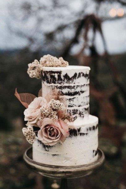 Lovely Roses On Chocolate Wedding Cake