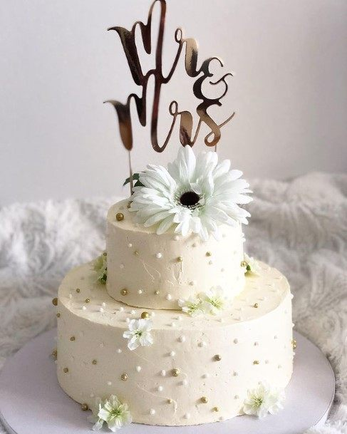 Lovely White Wedding Cake
