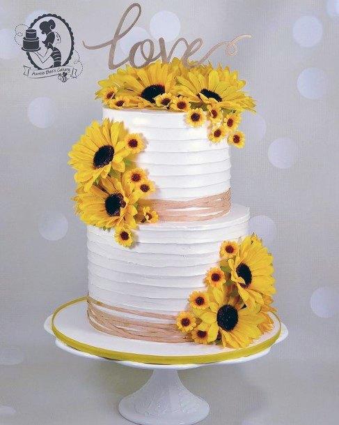 Lush Country Sunflowers On Womens Wedding Cake