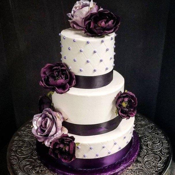 Luxurious Purple Wedding Cake Pearls