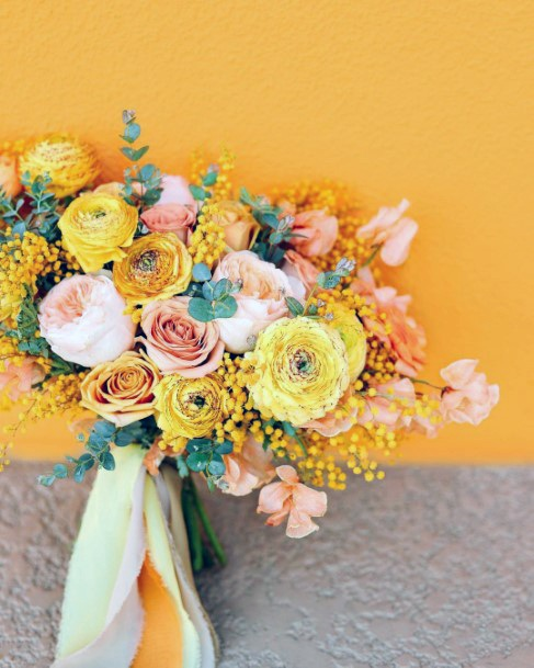 Luxurious Yellow Wedding Flowers