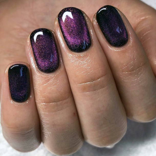 Magnetic Purple Cat Eye Nails