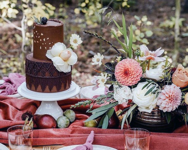 Marble Toned Wedding Cake Stand Women