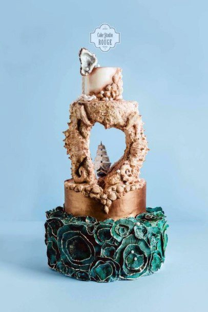 Marvelllous Beach Wedding Cake Women