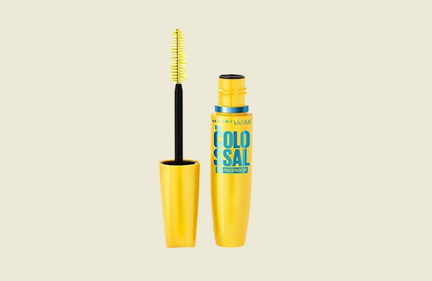 Maybelline New York Volum Express The Colossal Waterproof Mascara For Women