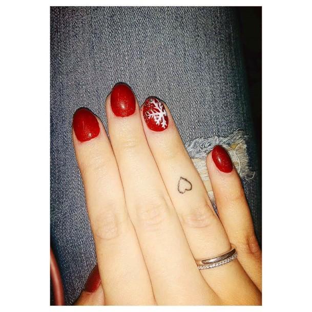 Mono Snow Flake On Red Nails Women