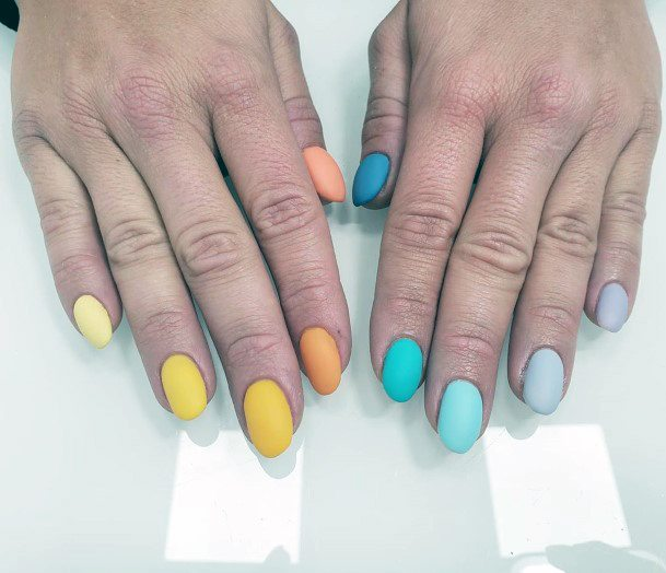 Multiple Colors Matted Nails