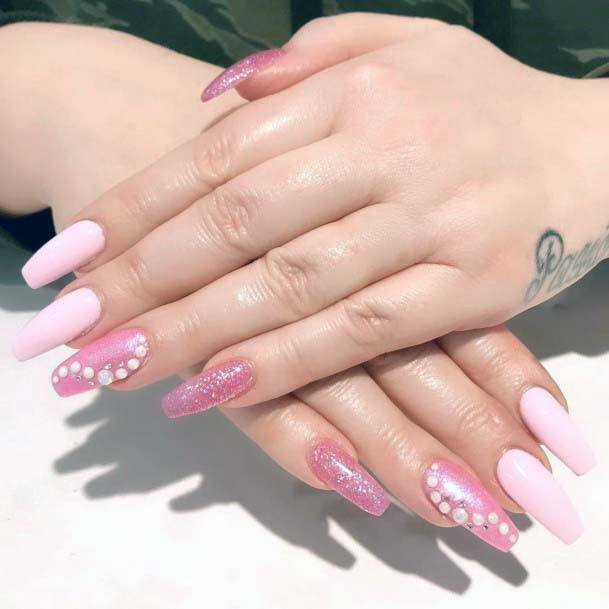 Muted Pink Glitters Nail Art For Women