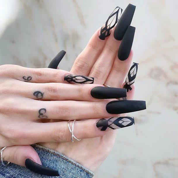 Mysterious Black Design On Nails For Women