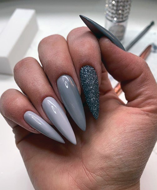 Nails Colored In Dusty Grey Tones
