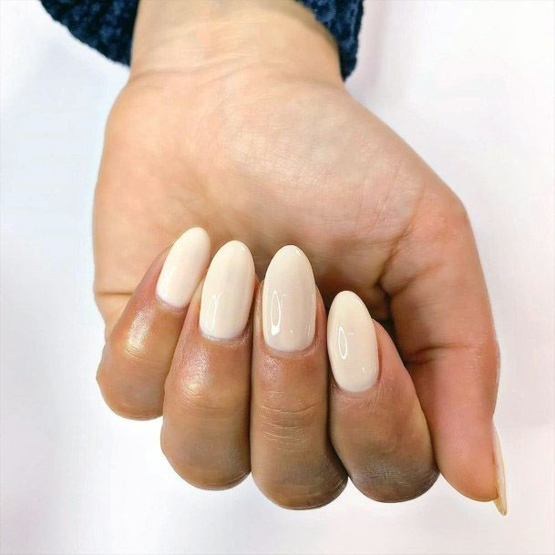 Nude Nails Almond Shape