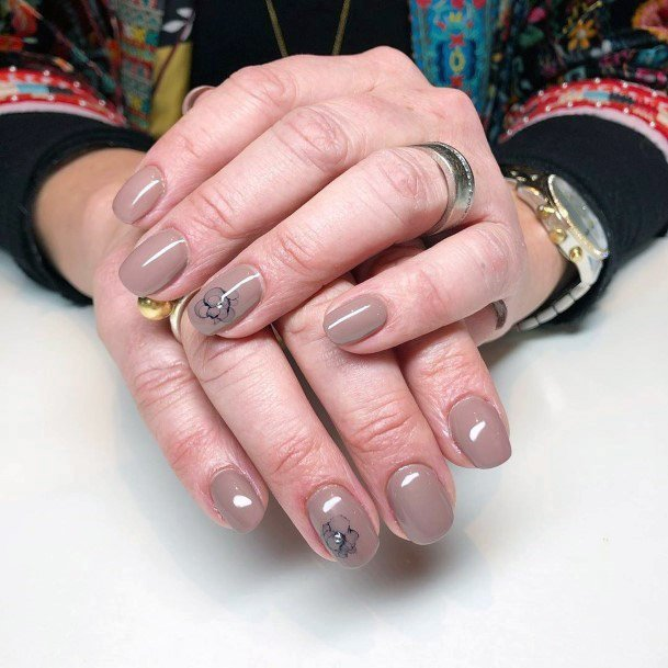 Nude Nails With Crystals