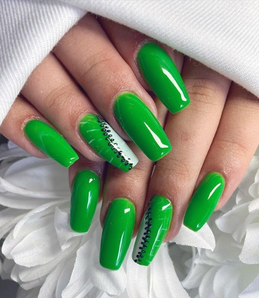 Parrot Green Kiwi Nails Women