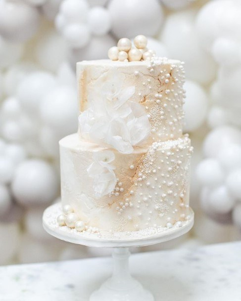 Pearl Beautiful Wedding Cake