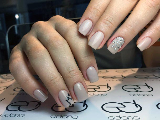 Pearl White Shellac Nails With Sandy Sparkles For Women