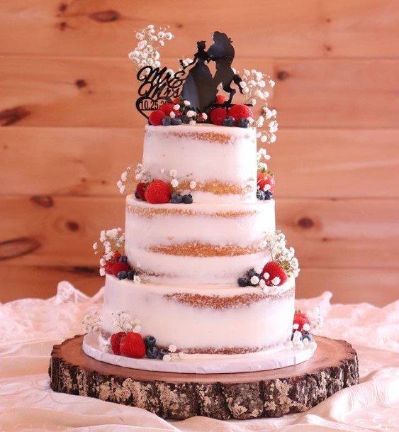 Pearls And Flowers Country Wedding Cakes