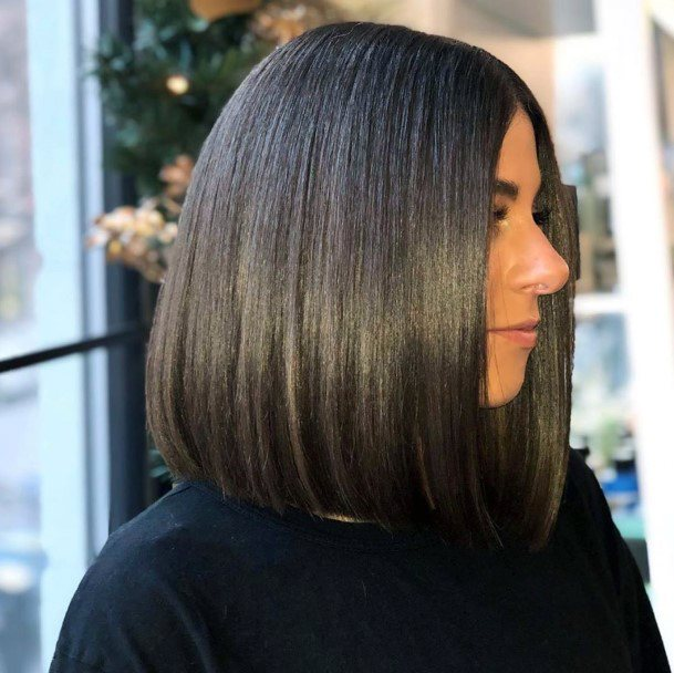Perfect Glossy Trendy Dark Brown Bob Hair Style For Women