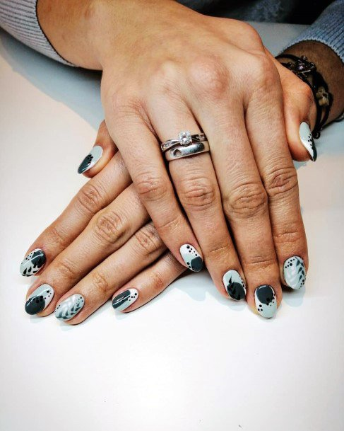 Pista Green And Black Tropical Nails Women