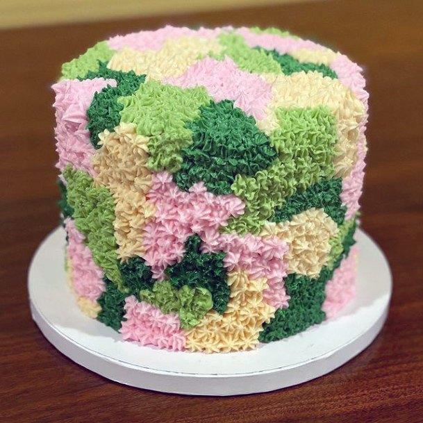 Pretty Camo Wedding Cake