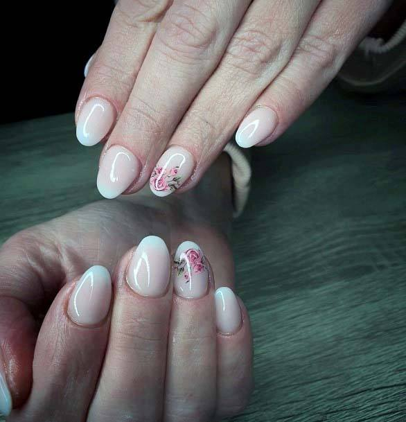Pretty English Roses On Light Pink Nails