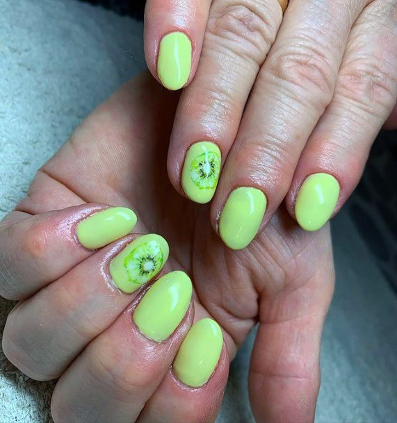 Pretty Green Light Kiwi Nails