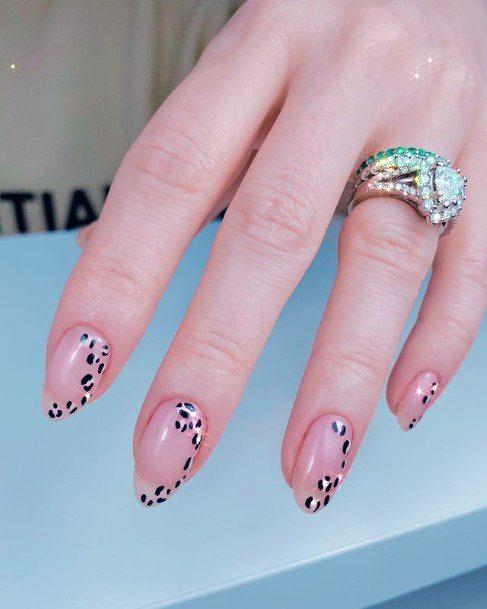 Pretty Leopard Nails Women Nude Art