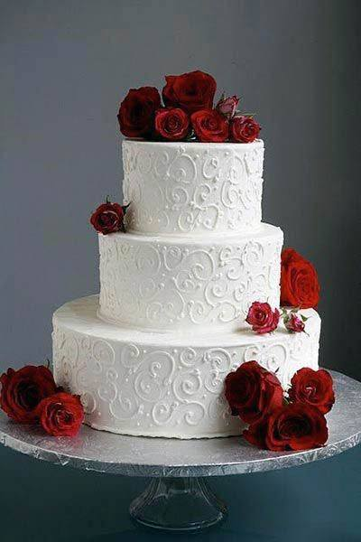 Pretty Red Roses Wedding Flowers On Cake