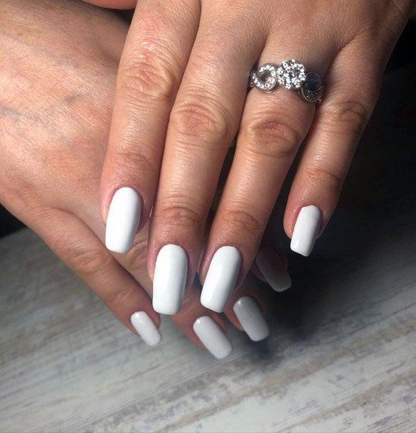 Pretty White Gel Nail Ideas For Women