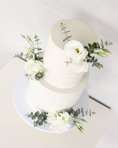 Pristine White Wedding Cake