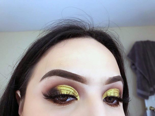 Pure Gold And Brown Eyeshadow Women
