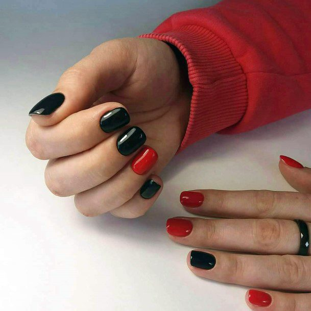 Red And Black Women Nails