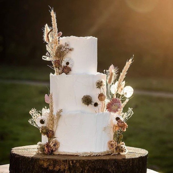 Regal White Wedding Cake