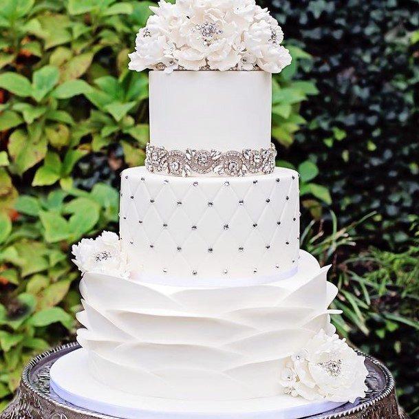 Rich Elegant White Cake Wedding Women