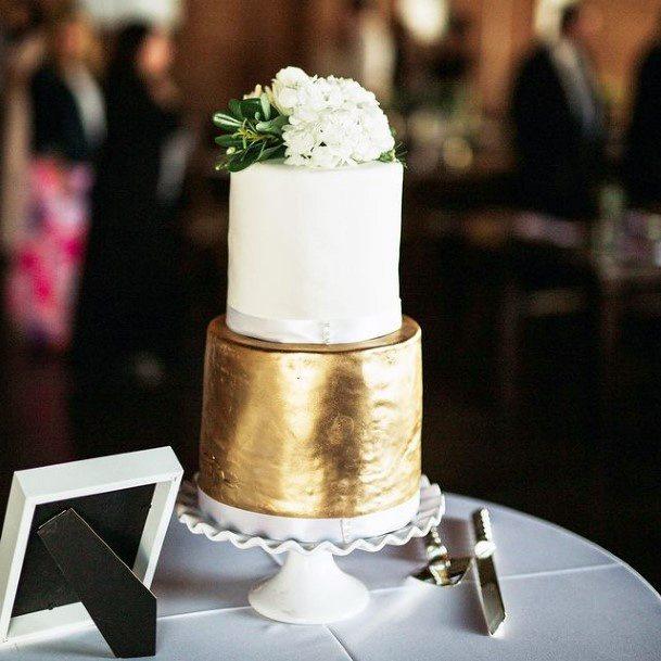 Rich Gold And White Red Velvet Wedding Cake