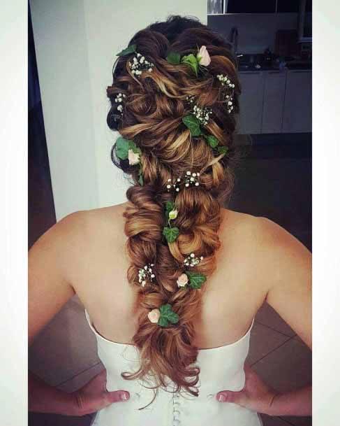 Rippling Brown Hair Women Accesorised