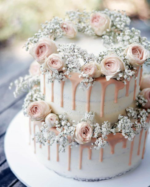 Romantic Pink Roses And Babies Breath Wedding Cake Ideas