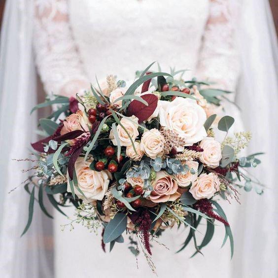 Rose Bouquet Christmas Wedding Flowers