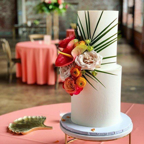 Roses On 2 Tier Wedding Cake