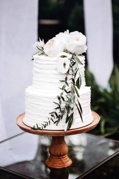 Rustic Wedding Flowers On Cake