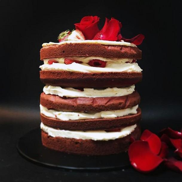 Sandwich Red Velvet Wedding Cake