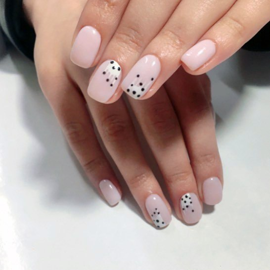 Seeded Art Light Pink Shellac Nails For Women