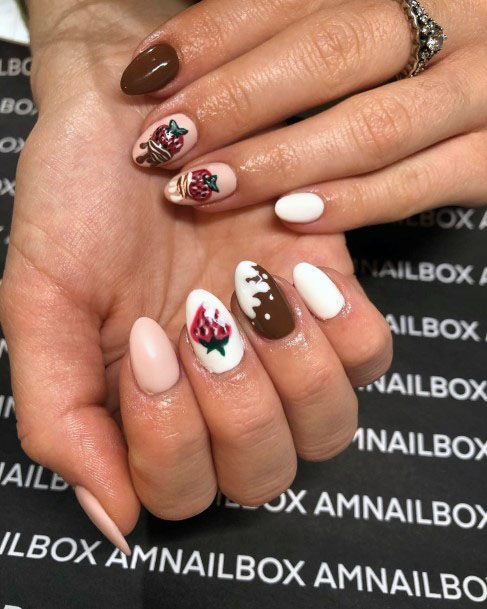 Sexy Exquisite White Strawberry Design For Womens Nails