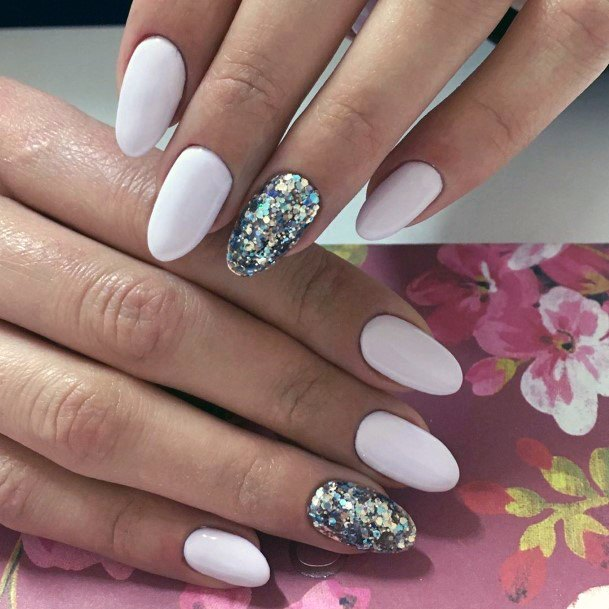 Shellac Pure White Nails With Glitter Accent Silver For Women