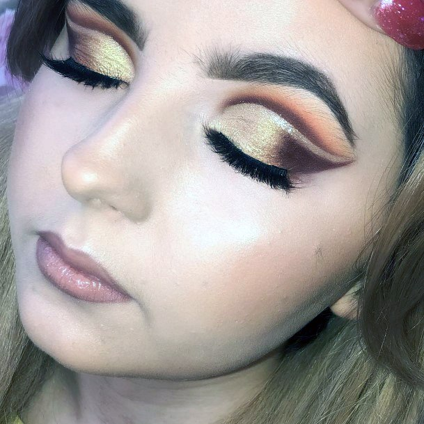 Shimmering Gold And Brown Eyeshadow Women