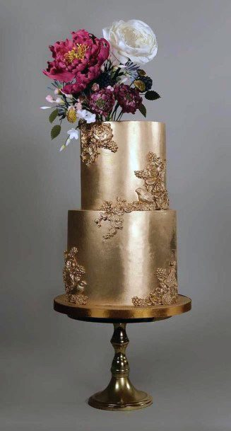 Shining Gold Wedding Cake Floral Art