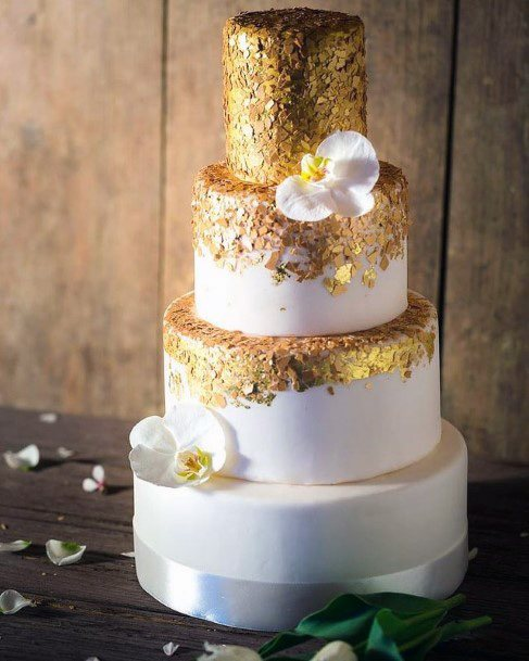 Shiny Golden Wedding Cake
