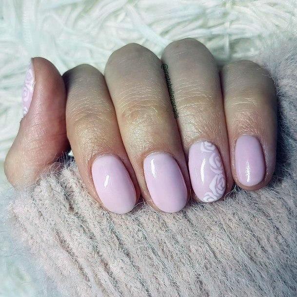 Short Calamine Pink Nails Women