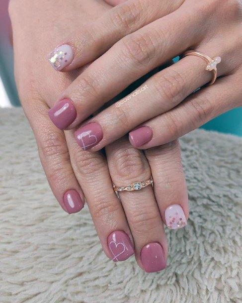 Short Coral Pink Romantic Nails
